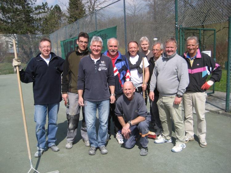Aufbau Tennisplatz