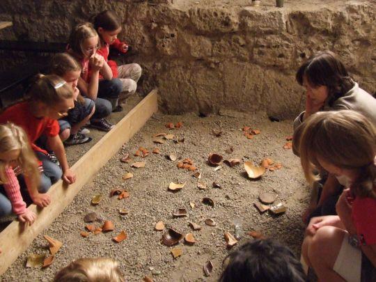 Kleine Archäologen auf Zeit