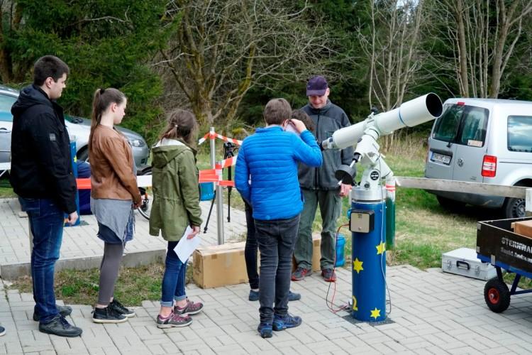 Kinder Astronomie
