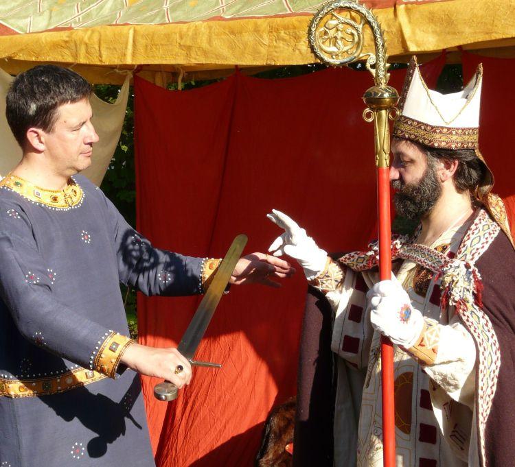 Schwertleite - Ritter und Bischof Mittelaltergruppe IG Wolf