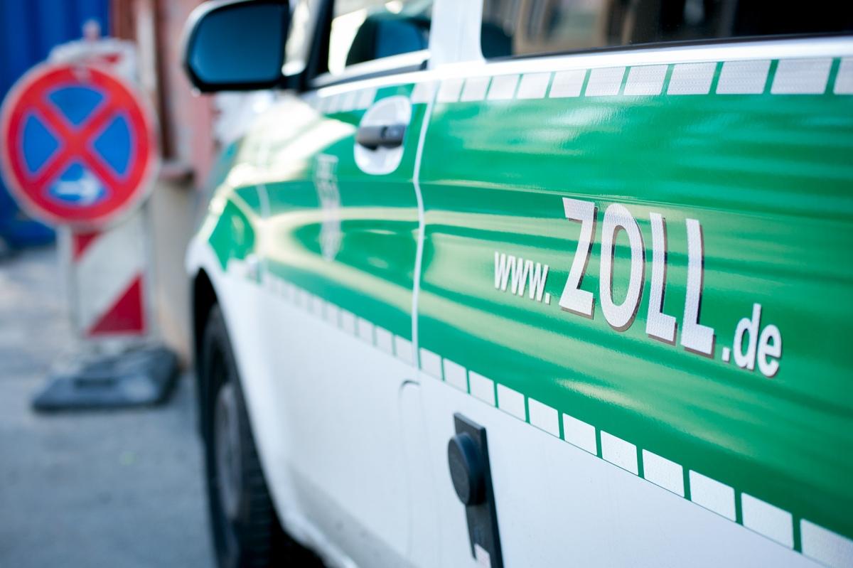 Baufirmen Braunschweig braunschweiger zöllner kontrollierten im vergangenen jahr 319